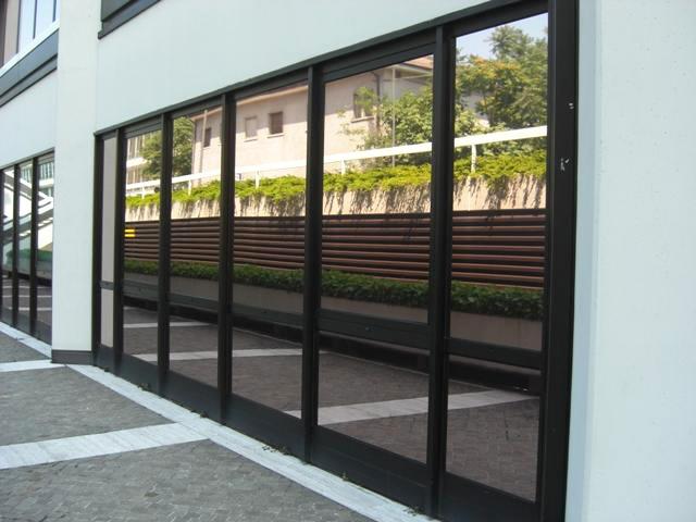 Gamma di pellicole riflettenti per vetri colore bronzo - Pellicole oscuranti per finestre ...